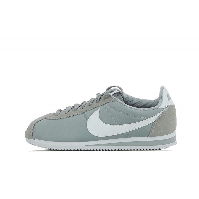 b527317ea1173 Basket Nike Classic Cortez Nylon - 807472-010 - Pegashoes